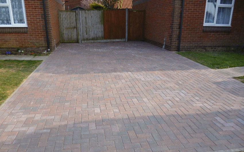a block paving driveway installation